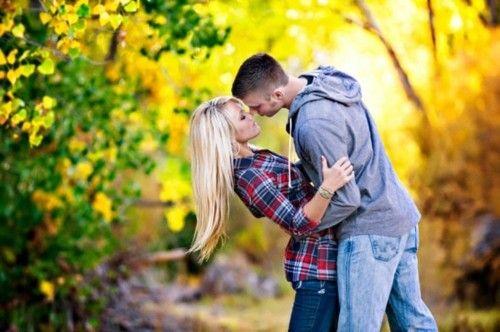 Döbbenetes tények a csókról - A csók szépítkezésnek is felfogható: a szemed csillogóbb, a bőröd simább lesz tőle.