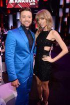 Így virítottak a sztárok az iHeartRadio Music Awardson