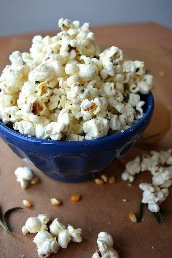 Így ízesítsd a popcornod! - A markáns ízek kedvelőinek: Rozmaringos-Parmezános Popcorn