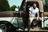 Egy igazán szexi fotósorozat Liam Hemsworth-ről!