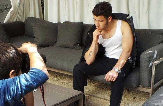 Nick Jonas világmegváltó bicepsze