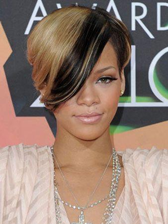 Rövid hajjal is lehetsz szexi - Rihanna a létező összes hajstílust kipróbálta már, de szerintünk ez a rövid megoldás állt neki legjobban.