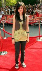 Kislányból világsztár: Selena Gomez stílusevolúciója