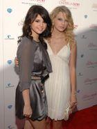 Selena Gomez és Taylor Swift barátsága törhetetlen