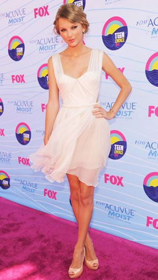 Trendőrség: Teen Choice Awards 2012 - Taylor Swiftről már annyiszor elmondtuk, hogy cuki - de most is az volt, szóval nem ússza meg.