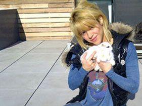 Shakira szőrös kis kedvence