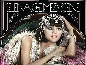 Mégis tovább zenél Selena